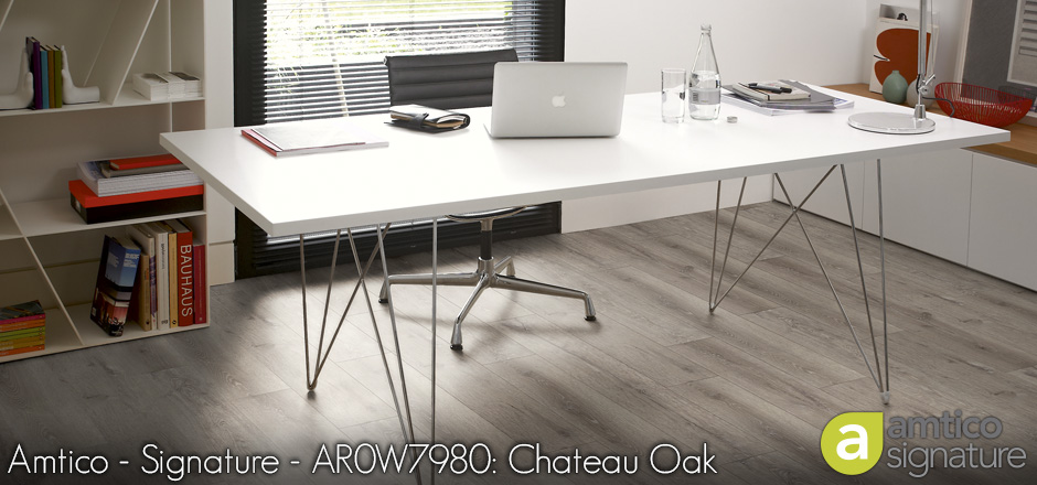 Amtico - Signature - AR0W7980: Chateau Oak